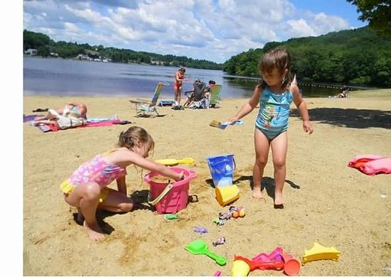 Amesbury, MA: Children at play