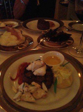 Bohanan's Prime Steak and Seafood : Petit filet mignon with lump crab...look at that crab!! :)
