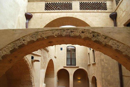 Convento delle Clarisse ora sede della Casa Comunale