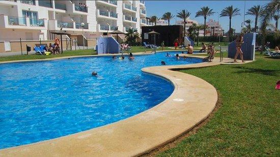 Apartamentos Pierre & Vacances Roquetas de Mar: Piscina