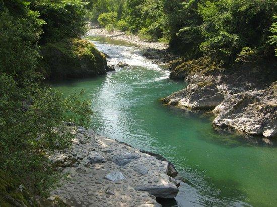 Camping Uhaitza Le Saison : Natural swimming pool