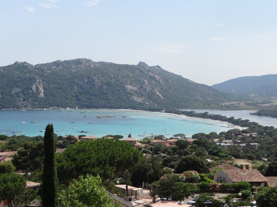 Residence Marina di Santa Giulia : Vue depuis le domaine