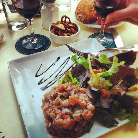 Cafe Les Deux Magots: Tuna tartar