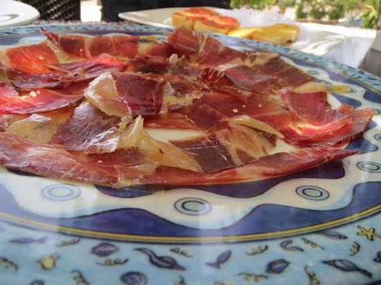 La Bodega de Santiago: assiette de  jambon iberique  goût succulent