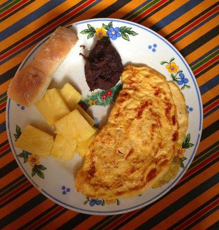Hotel Los Encuentros: Guatemala real breakfast
