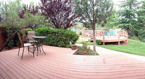Casa Sedona Inn : The Private Deck from the Room