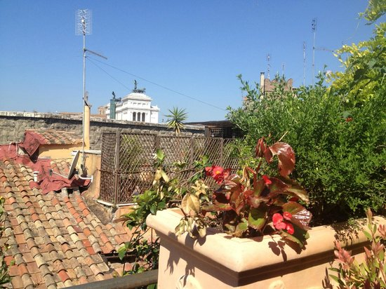The Inn At The Roman Forum - Small Luxury Hotel: From the rooftop lounge/breakfast tables