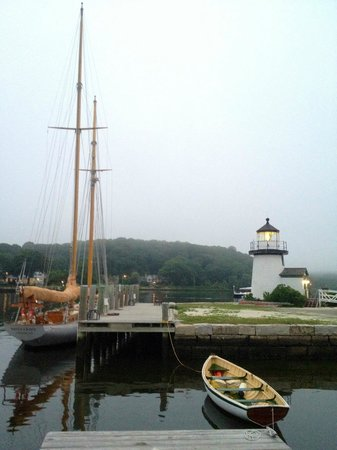 Fourteen Lincoln Street : Nearby Mystic Seaport - Stay at Fourteenth Lincoln and explore Historic New England