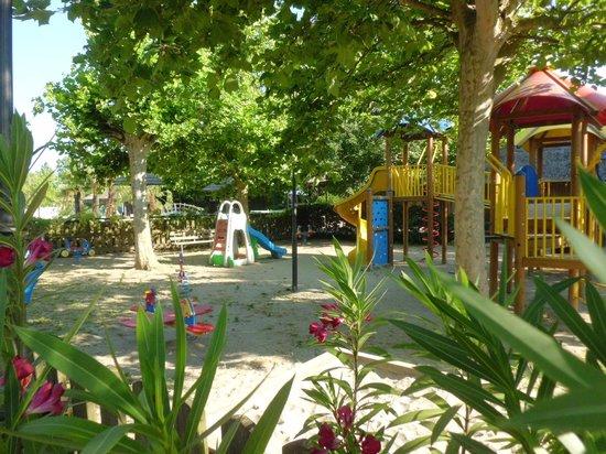 Area gioco bimbi foto di tahiti camping thermae bungalow park lido delle nazioni tripadvisor - Bagno tahiti lido delle nazioni ...
