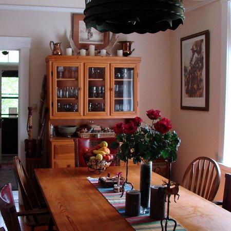 Ruby Valley Inn Bed & Breakfast: The Dining Room