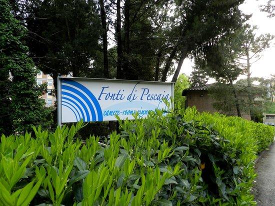 Fonti di Pescaia: Во дворе