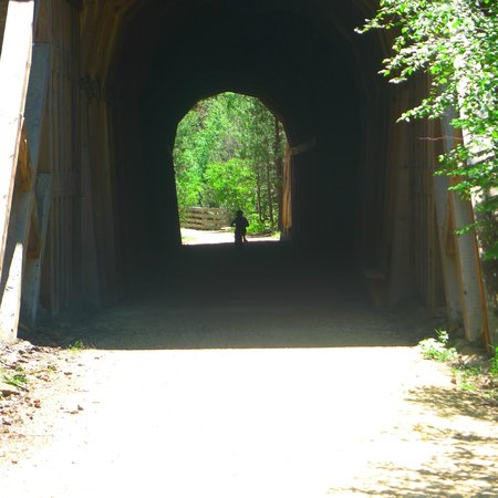 George S. Mickelson State Trail : Tunnel