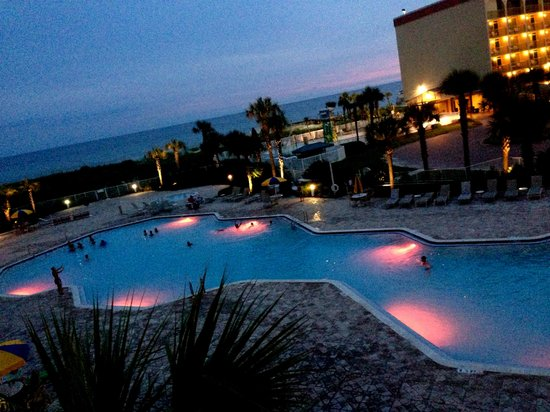 Destin West Beach and Bay Resort: Balcony view-changes colors at dark
