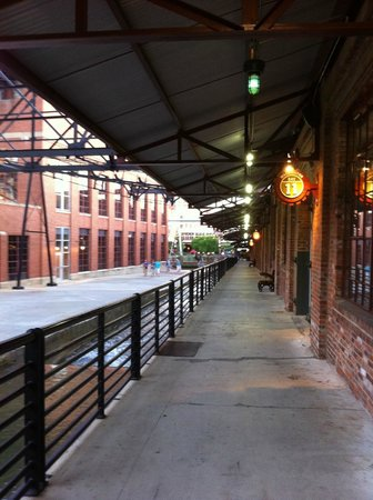 Tobacco Road Tours: Heading out from Tyler's Restaurant & Taproom in the American Tobacco Historic District