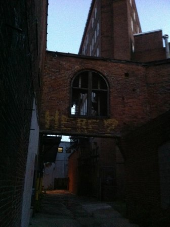 Tobacco Road Tours: Heading toward Alley 26