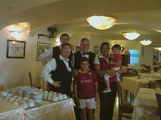 Hotel San Vincenzo Terme: eccezionali i camerieri