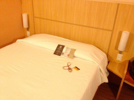 Ibis Petrolina: Bed