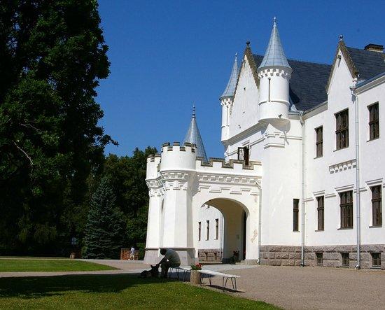 Alatskivi Castle (vald): Castle
