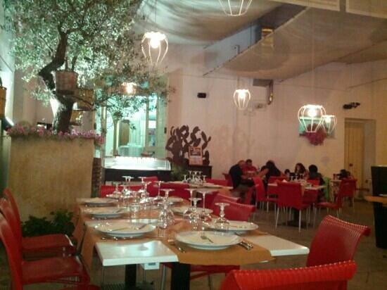Ristorante Mascapati Restauranr In Lecce Con Cucina Pizza