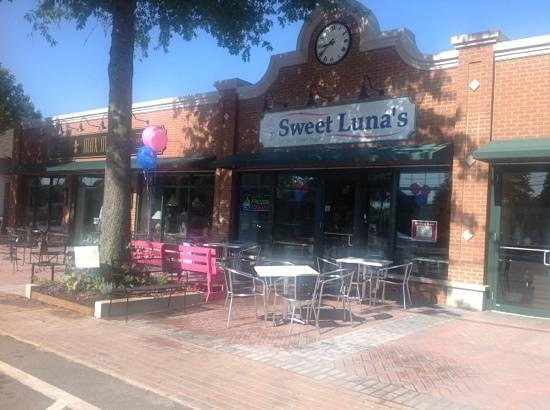 Sweet Luna's