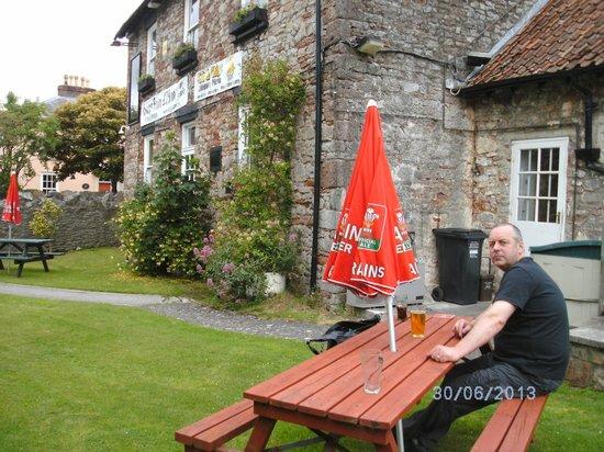 The Langford Inn: The garden at the rear