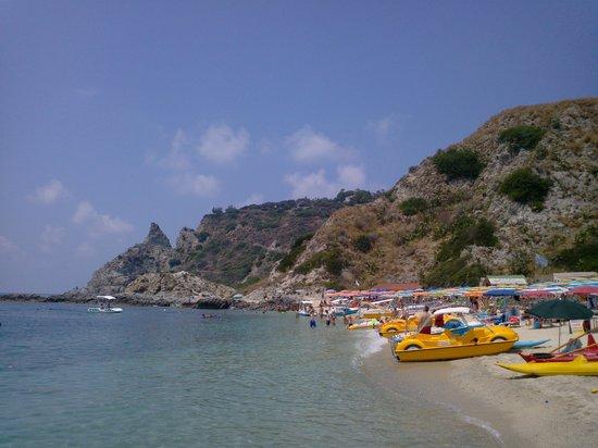 Grotticelle beach: Grotticelle