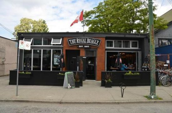 The Regal Beagle Bar and Grill, Vancouver - Restaurant