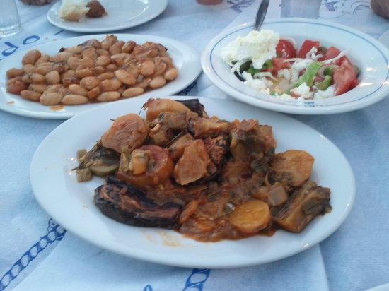 Gorgona Restaurant : Giant beans und briam