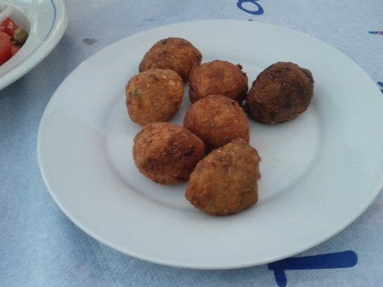 Gorgona Restaurant : Fish und Zucciniballs