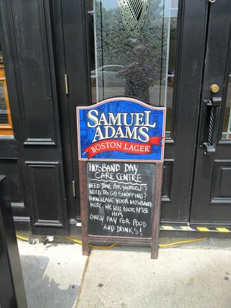 The Irish Harp Pub: An invitation not to ignore