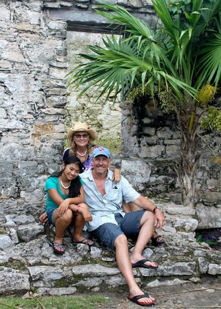 Cozumel Palace: Enjoyed Tulum Mayan Tour