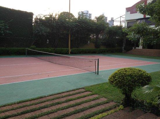 Hotel Excelsior Asuncion: Tennis courts