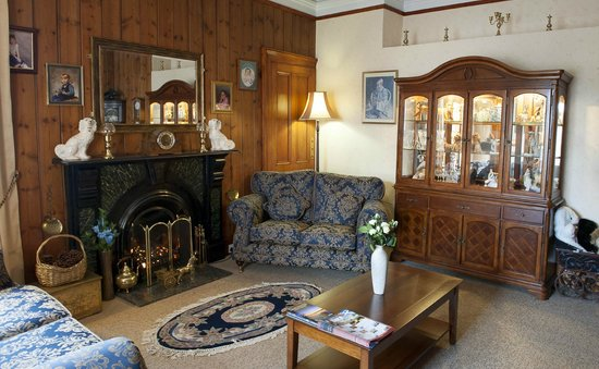 Eskdale Guest House : GUEST  LOUNGE