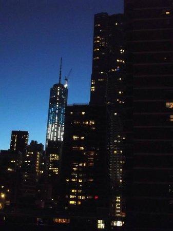 هامبتون إن مانهاتن - سيبورت: view of the Liberty Tower