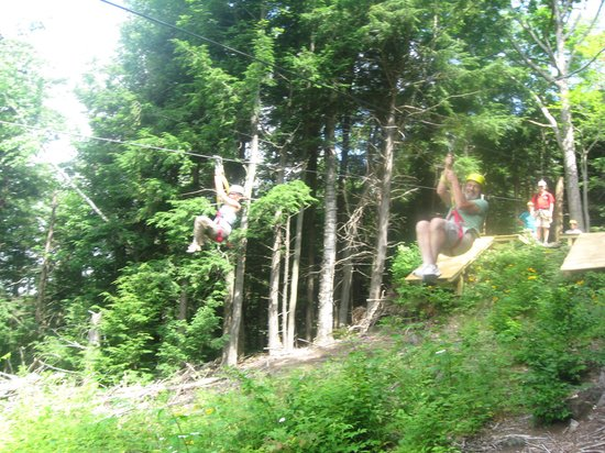 Berkshire East Canopy Tours: run and jump