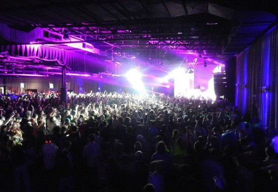 Minglewood hall: fully general admission concert
