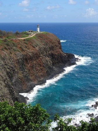 Kilauea Point National Wildlife Refuge: View of lighthouse from far away.