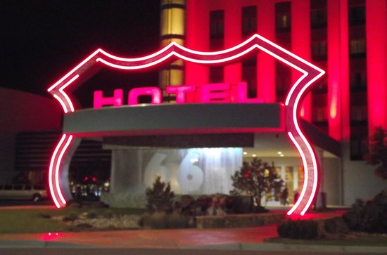 Route 66 Casino Hotel : Hotel Entrance