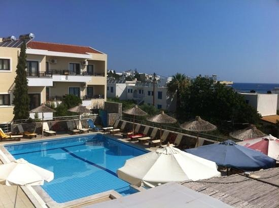 Dias Hotel & Apartments : lovely quiet pool