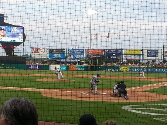 BEST WESTERN Sugarland Inn: Constellation Field, Skeeters Baseball