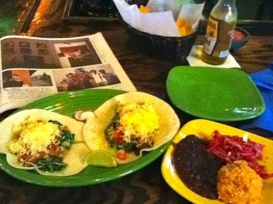 Cantina 18: vegetarian tacos