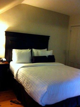 Inn on Ursulines : Comfy Bed