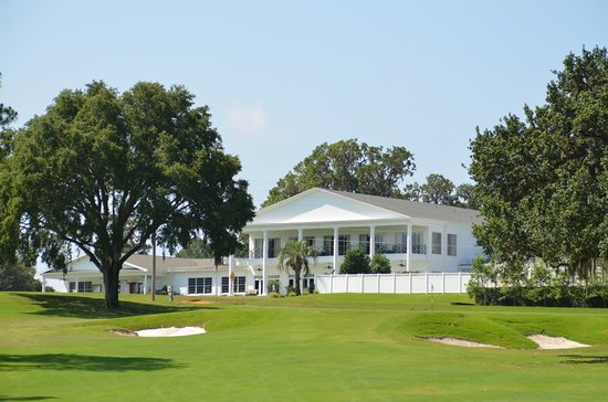 Ocala National Golf Club: Clubhouse - cold beer! HUrrah! Whew what a day!