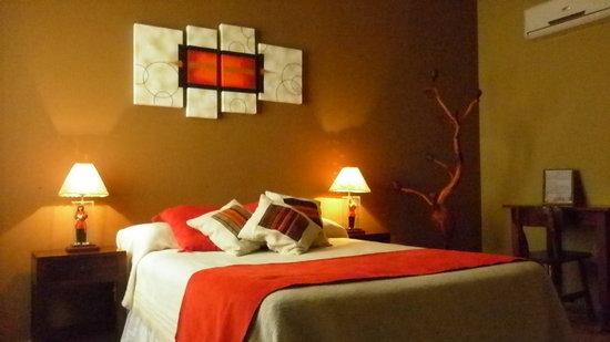 Cerro de la Cruz Hotel: Habitacion matrimonial