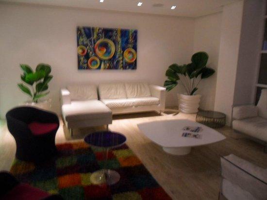 Agua Dorada Beach Hotel by LIDOTEL: Area de recepción del hotel