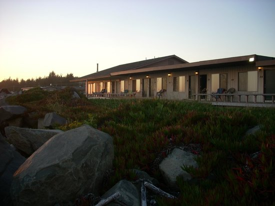 view of motel from beach picture of crescent beach motel. Black Bedroom Furniture Sets. Home Design Ideas