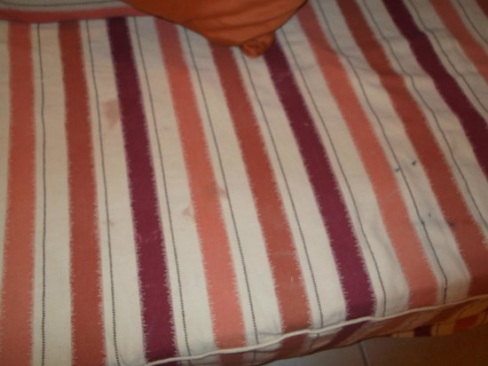 Jaz Mirabel Club: several stains on bed linen