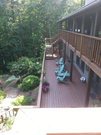 Bent Creek Lodge: Veiw from the deck