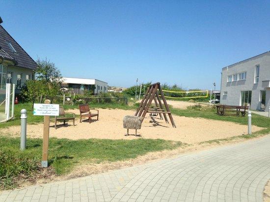 Dorfhotel Sylt: Einer von drei Spielplätzen