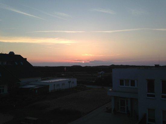 Dorfhotel Sylt: Sonnenuntergang vom Balkon